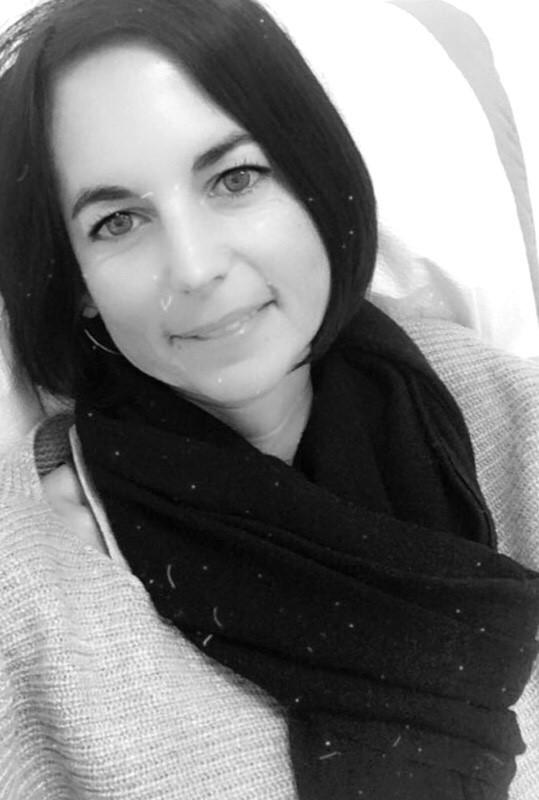 Julia NEUHÄUSER